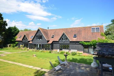 5 bedroom barn conversion for sale - The Street, Cressing