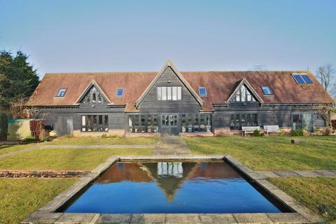 5 bedroom property for sale - The Street, Cressing
