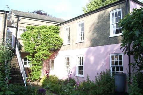 1 bedroom ground floor flat to rent - Eaton House, Golden Triangle