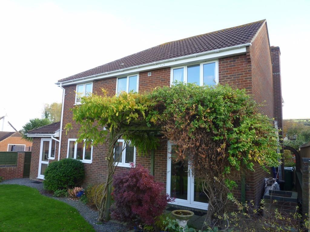 4 Bedrooms Detached House for sale in Little Court Lane, Edington