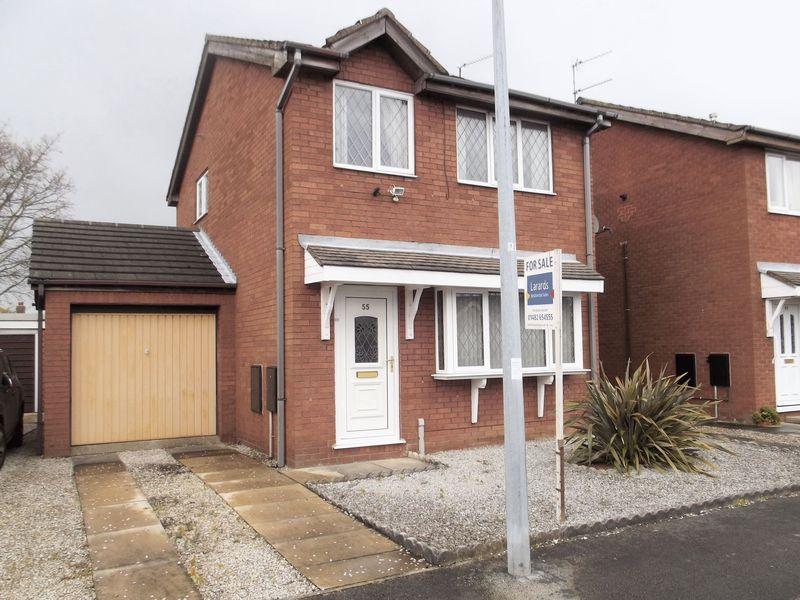 3 Bedrooms Detached House for sale in Nunburnholme Park, Hull