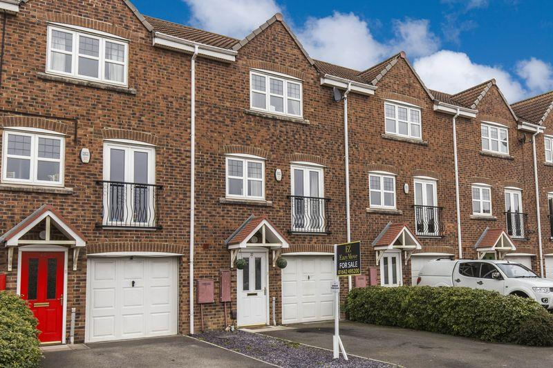 4 Bedrooms Town House for sale in Lowther Drive, Darlington