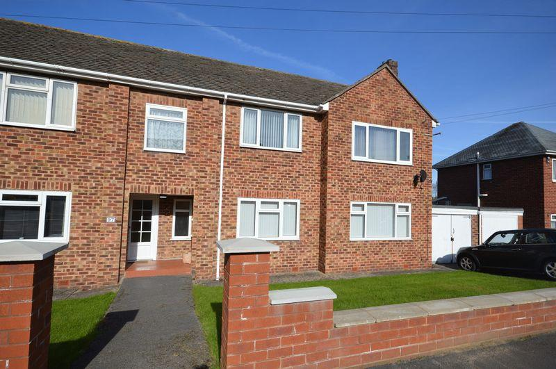 2 Bedrooms Apartment Flat for sale in Ennisdale Drive, West Kirby