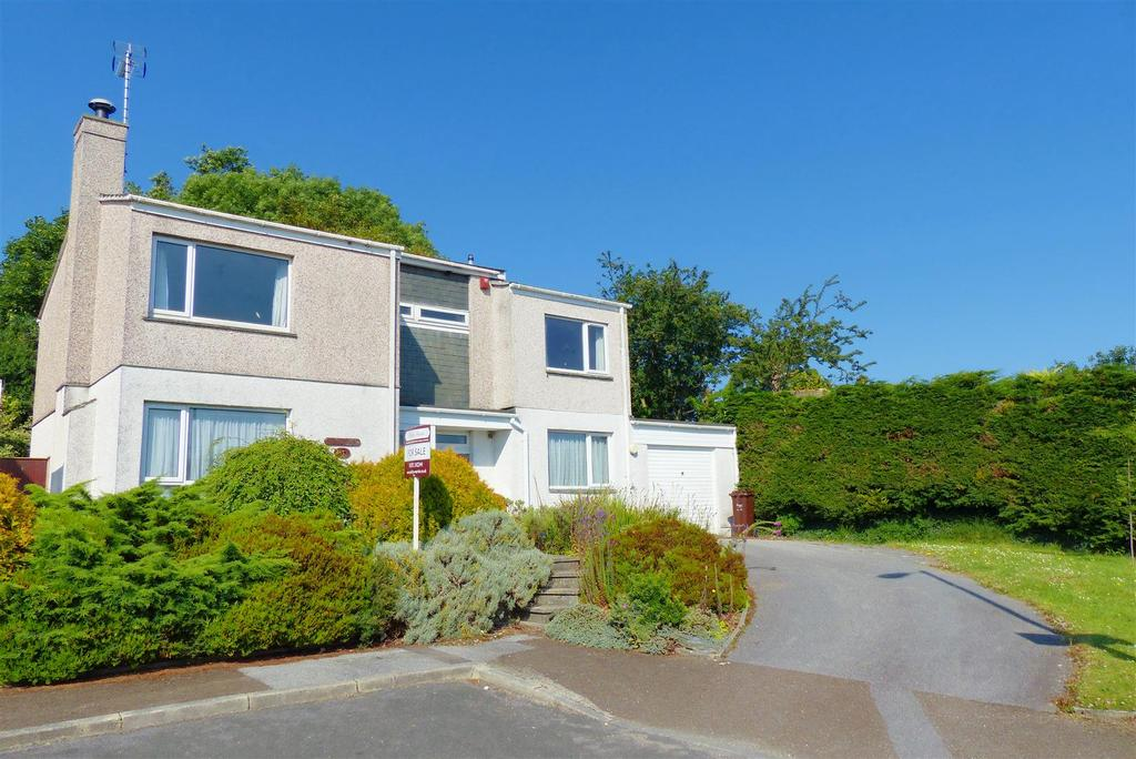 5 Bedrooms Detached House for sale in Crescent Rise, Truro