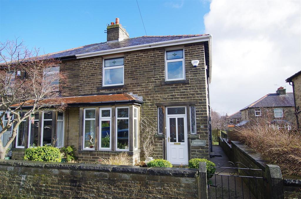3 Bedrooms Semi Detached House for sale in Linden Road, Elland