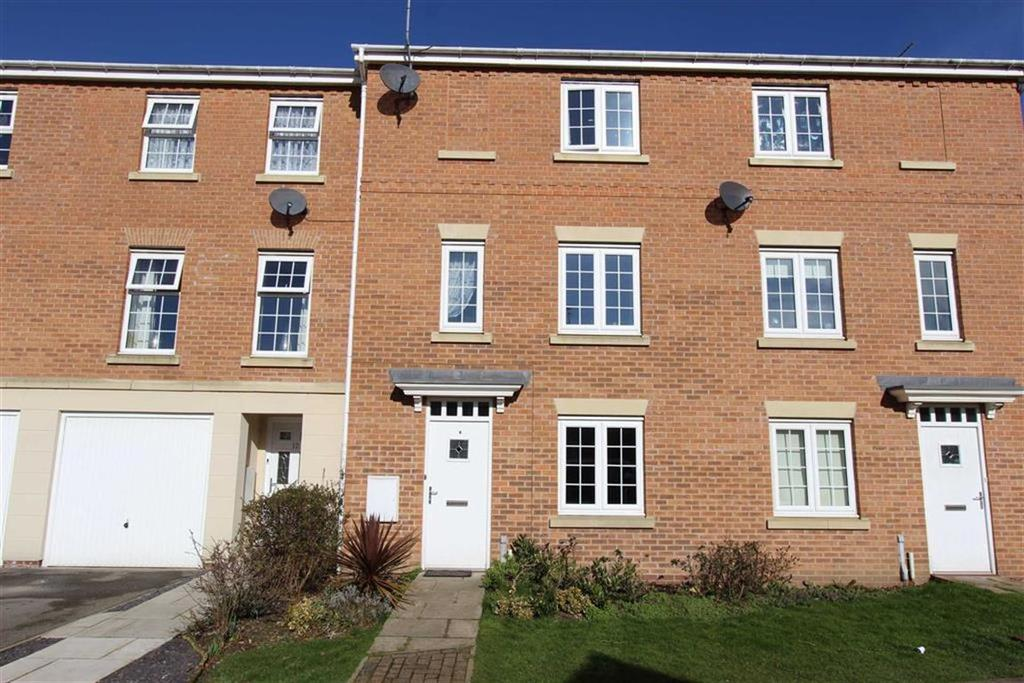 3 Bedrooms Terraced House for sale in St Georges Croft, Bridlington, YO16