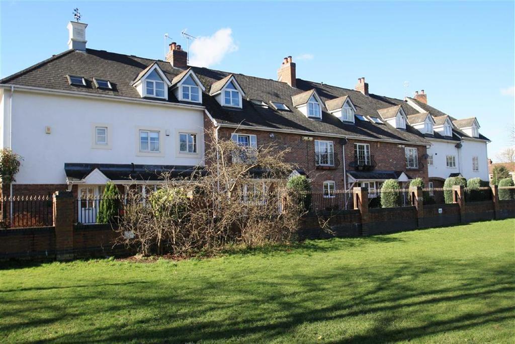 2 Bedrooms Duplex Flat for sale in Regent Park Court, Gravel Lane, Wilmslow