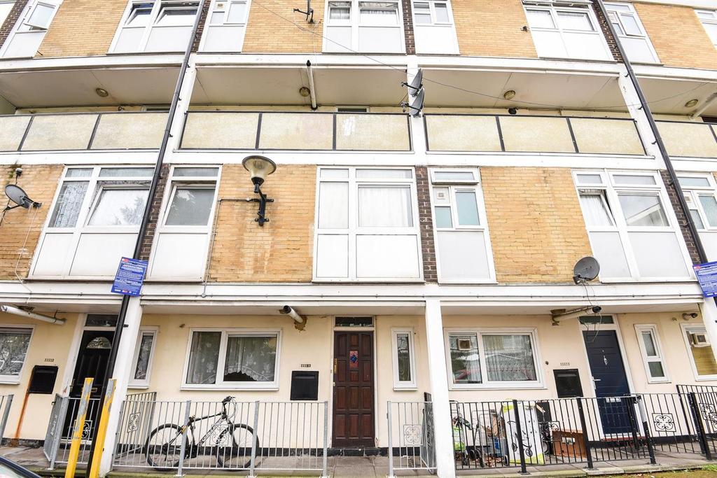 3 Bedrooms Flat for sale in Rupert Gardens, Brixton, SW9