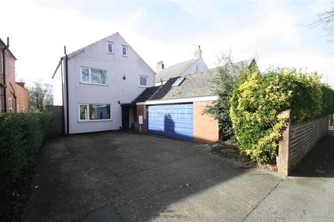 5 bedroom detached house to rent - Burton Road