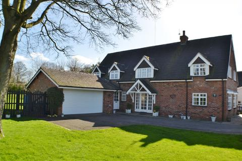 4 bedroom detached house for sale - Congleton Road North, Scholar Green