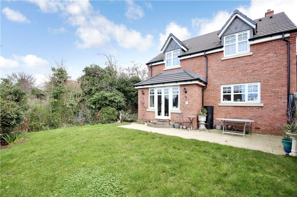 4 Bedrooms Detached House for sale in Kennett Close, Stratford-upon-Avon, Warwickshire, CV37