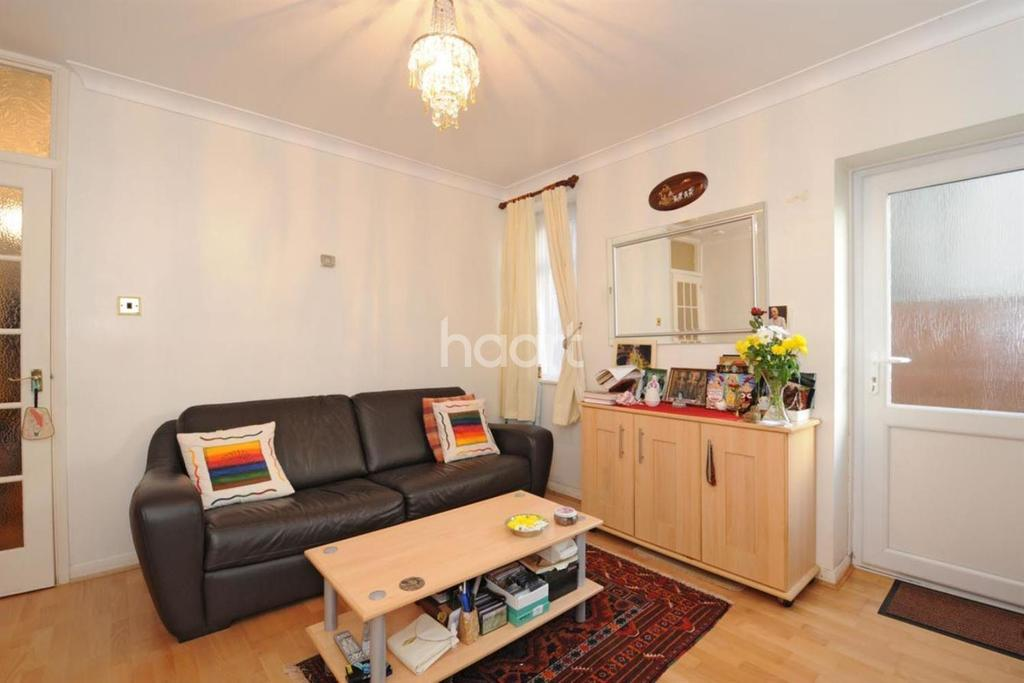 1 Bedroom Flat for sale in Grenfell Road, Mitcham, CR4