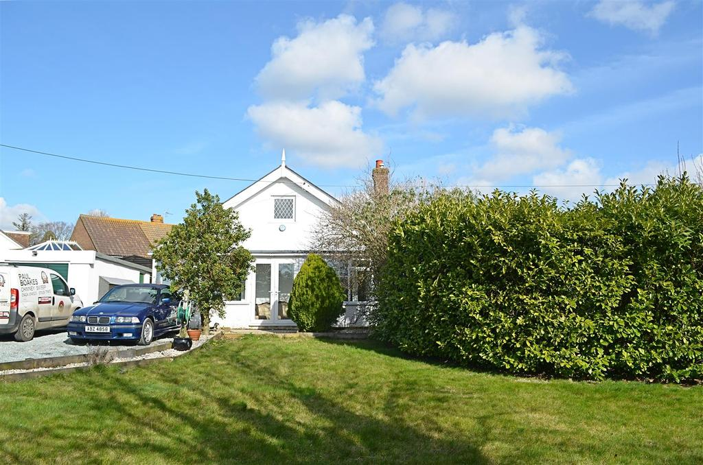 5 Bedrooms Detached House for sale in Main Road, Icklesham