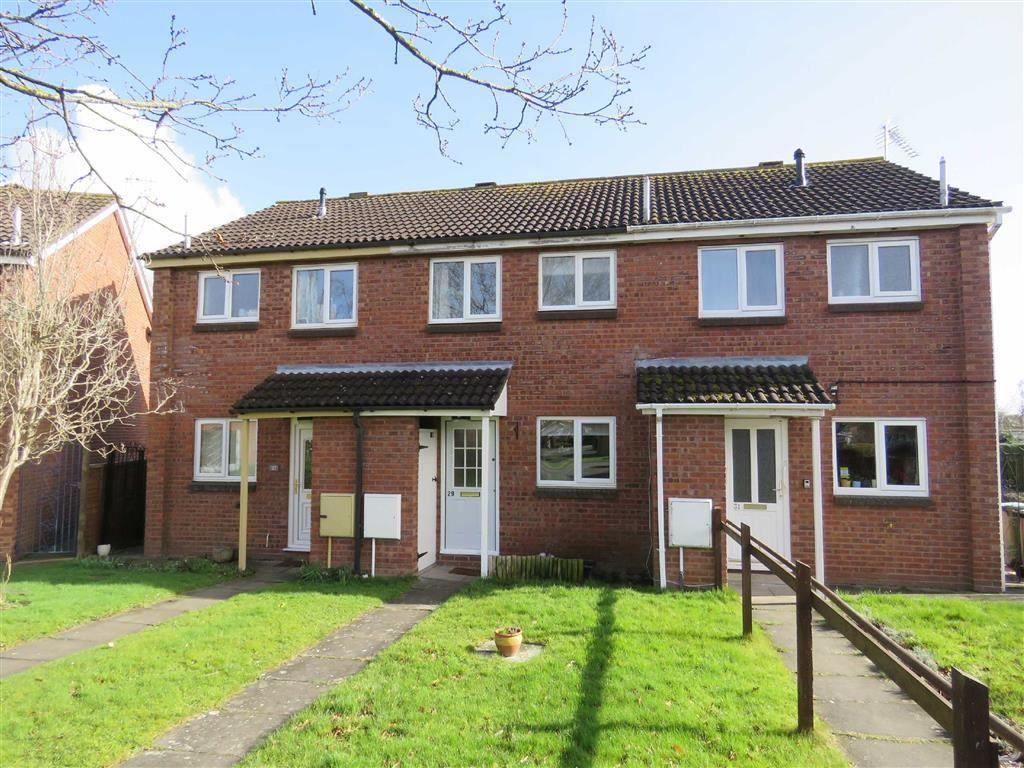 2 Bedrooms Terraced House for sale in Fir Tree Close, Ellesmere, SY12