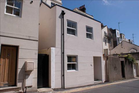 1 bedroom house for sale - Farm Road, Brighton
