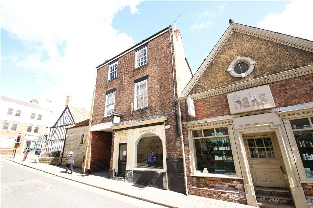 2 Bedrooms Apartment Flat for sale in High Skellgate, Ripon, North Yorkshire