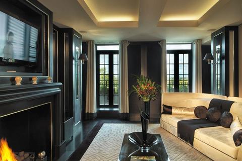 4 bedroom flat to rent - Mount St, Mayfair, London W1K 7TN