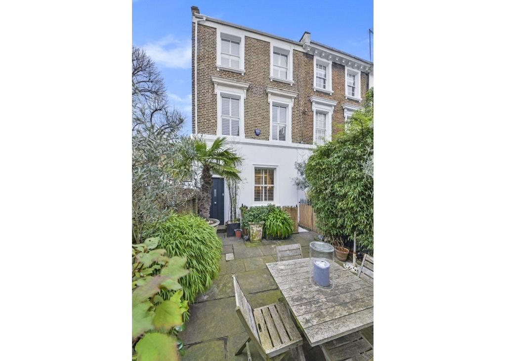 5 Bedrooms Semi Detached House for sale in Guthrie Street, Chelsea, London, SW3