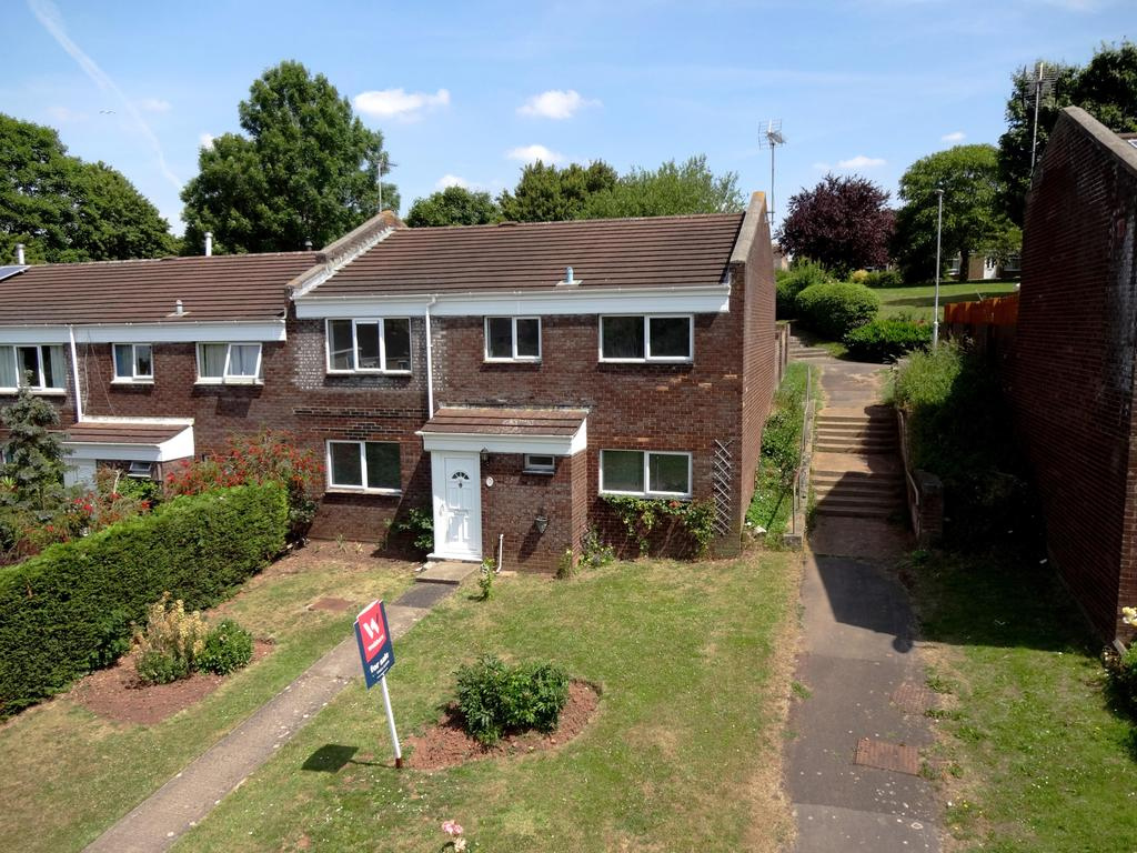 4 Bedrooms Terraced House for sale in Sycamore Close, Taunton