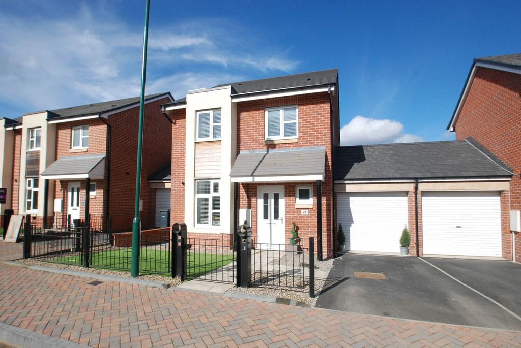 3 Bedrooms Detached House for sale in Clover Way, South Shields