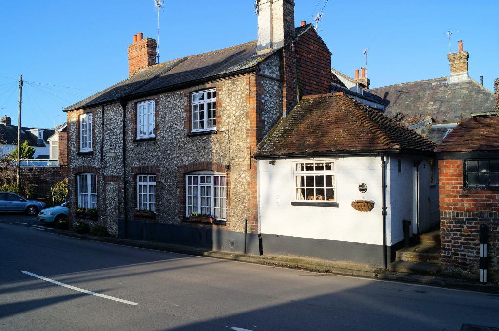 3 Bedrooms Semi Detached House for sale in Windsor Cottages, Horsham Road, Steyning, BN44 3LW