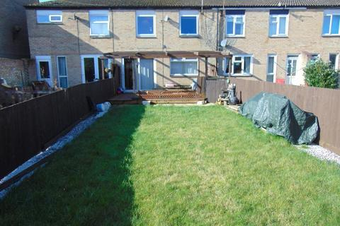 3 bedroom terraced house for sale - Wheatdole, Orton Goldhay, Peterborough, Cambridgeshire, PE2 5QS