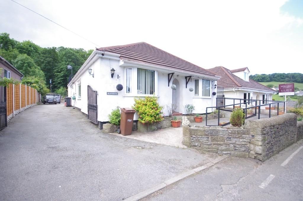 4 Bedrooms Detached Bungalow for sale in Llanasa Road, Gronant