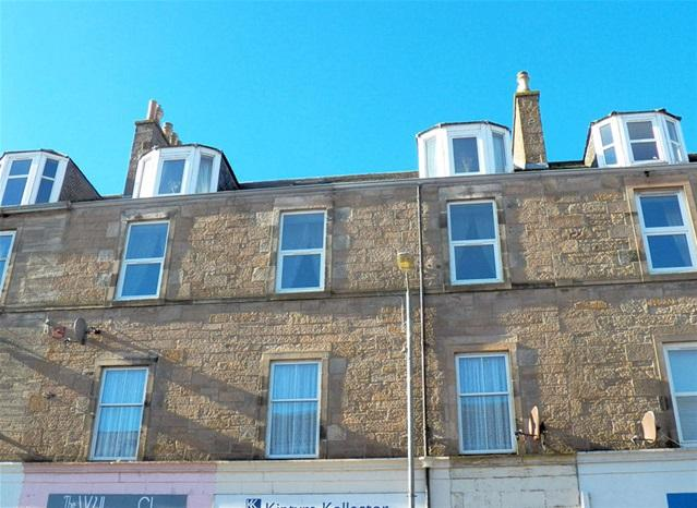 3 Bedrooms Flat for sale in 103A Longrow, Campbeltown, PA28 6EX