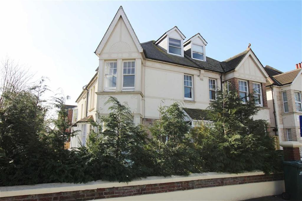 2 Bedrooms Apartment Flat for sale in New Church Road, Hove, East Sussex
