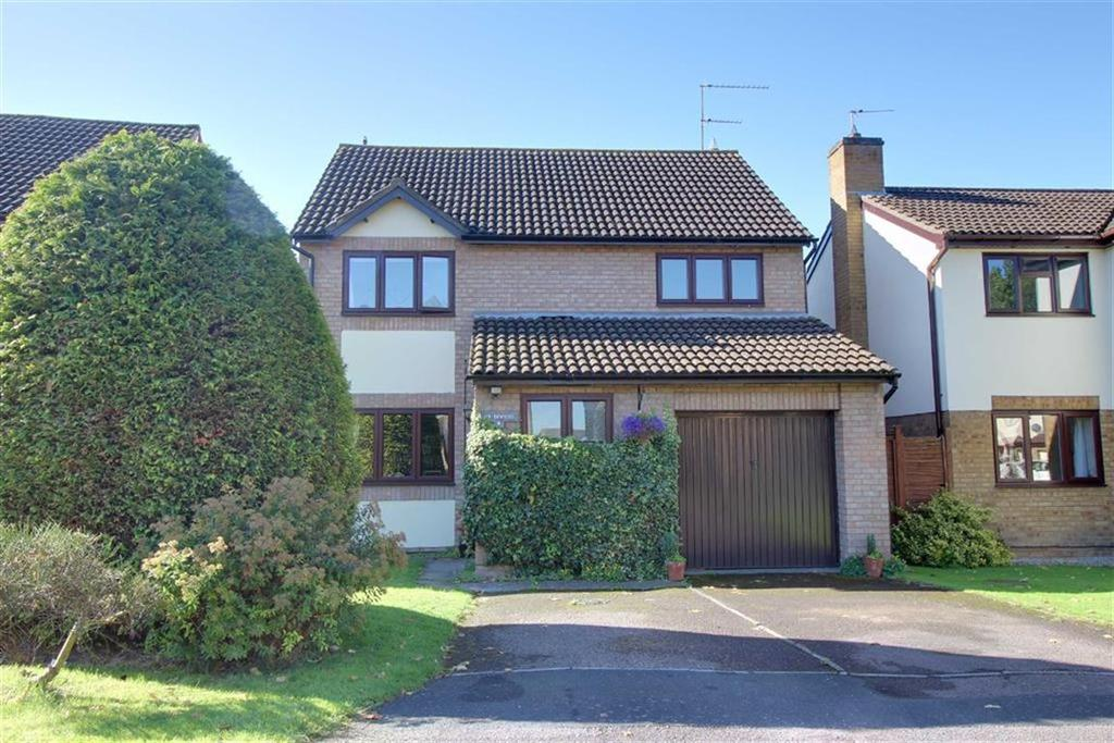 4 Bedrooms Detached House for sale in Chasely Crescent, Cheltenham, Gloucestershire
