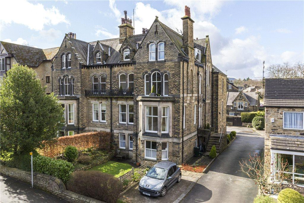 2 Bedrooms Apartment Flat for sale in Parish Ghyll Road, Ilkley, West Yorkshire