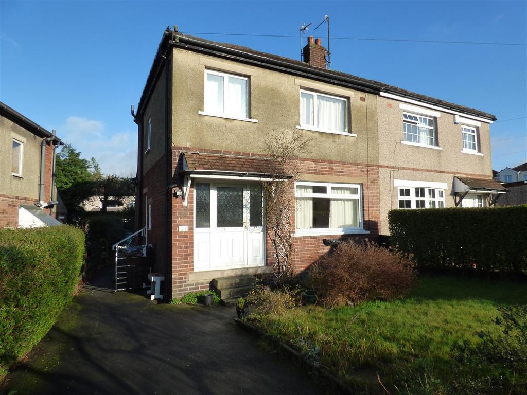 100000 House Ashbourne Way Bradford Bd2 4dt 3 Bed Semi Detached House For