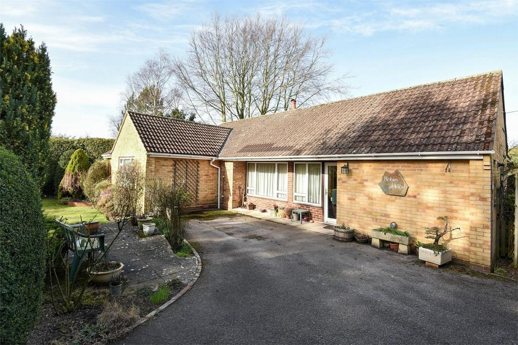 3 Bedrooms Detached Bungalow for sale in Littleton, Winchester, Hampshire