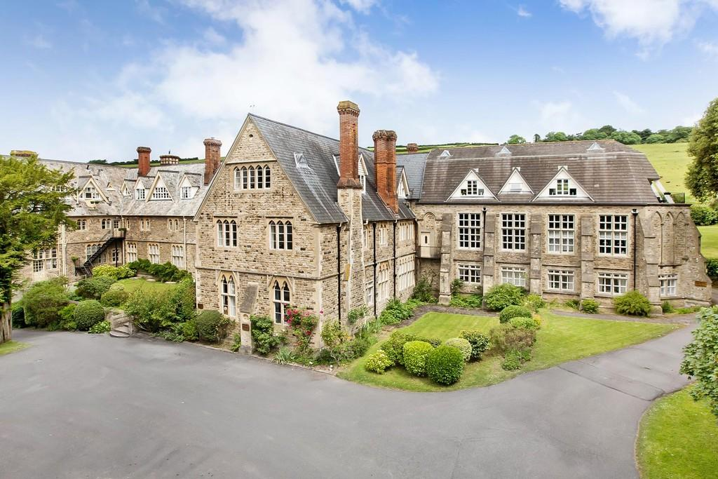 1 Bedroom Apartment Flat for sale in Devon House Drive, Bovey Tracey, Newton Abbot