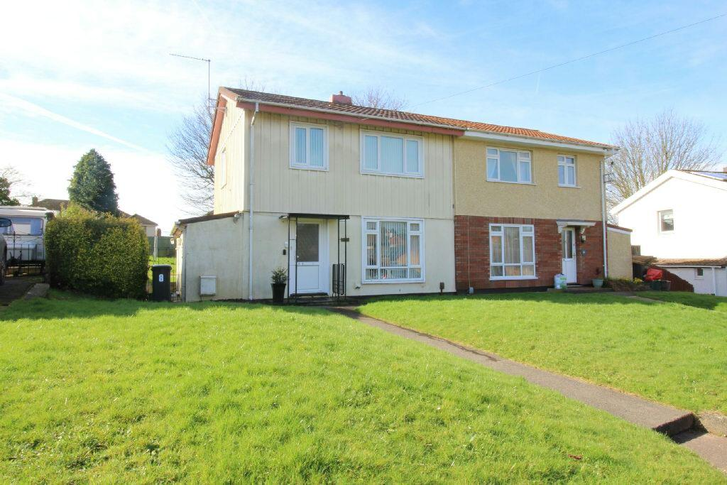 3 Bedrooms Semi Detached House for sale in Stelvio Park Crescent, Newport