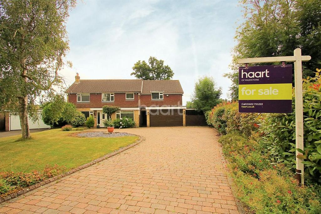 5 Bedrooms Detached House for sale in Love Lane