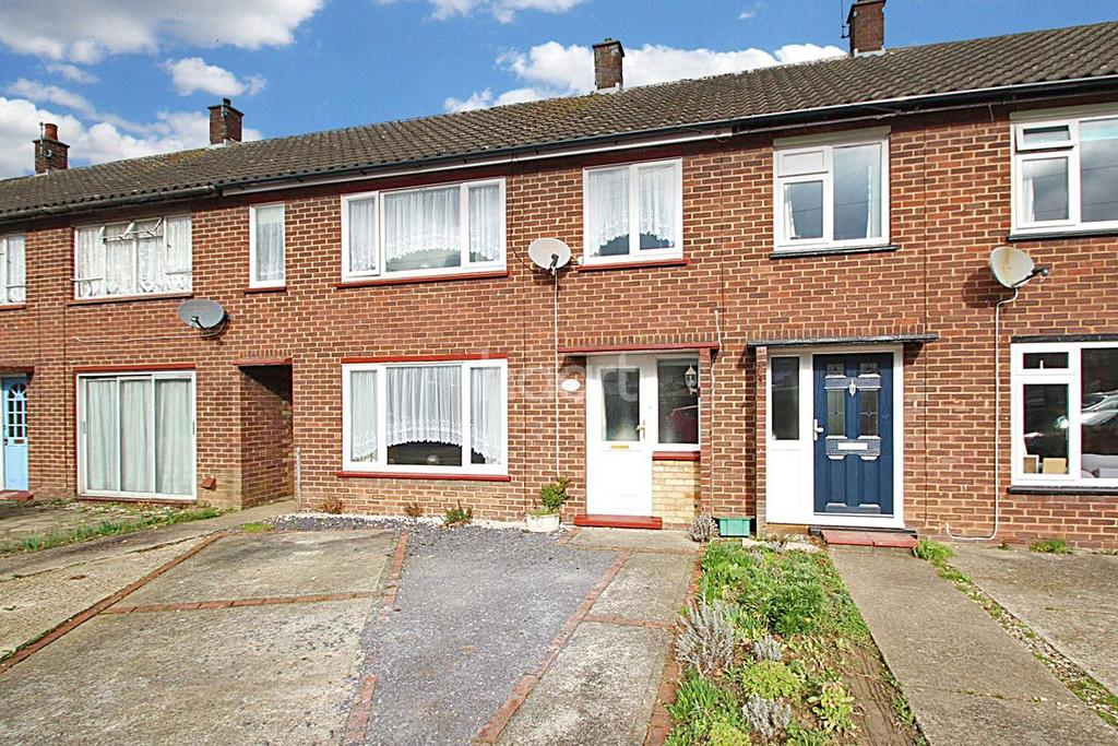 3 Bedrooms Terraced House for sale in The Plashets