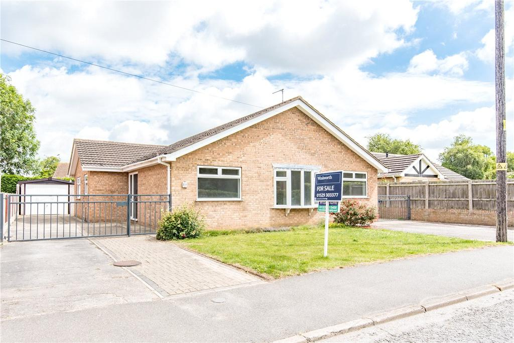 3 Bedrooms Detached Bungalow for sale in Sleaford Road, Heckington, Sleaford, Lincolnshire, NG34