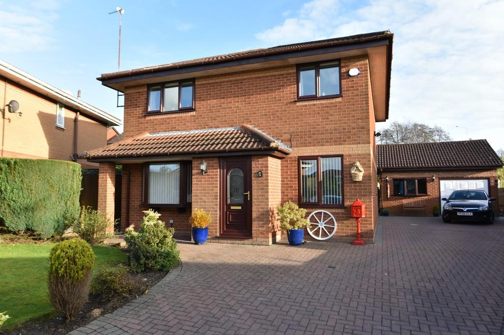 4 Bedrooms Detached House for sale in Mountwood, Ashurst