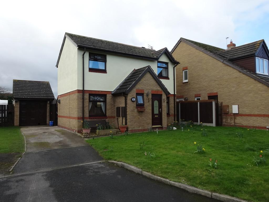 3 Bedrooms Detached House for sale in Trem Yr Afon, Kinmel Bay