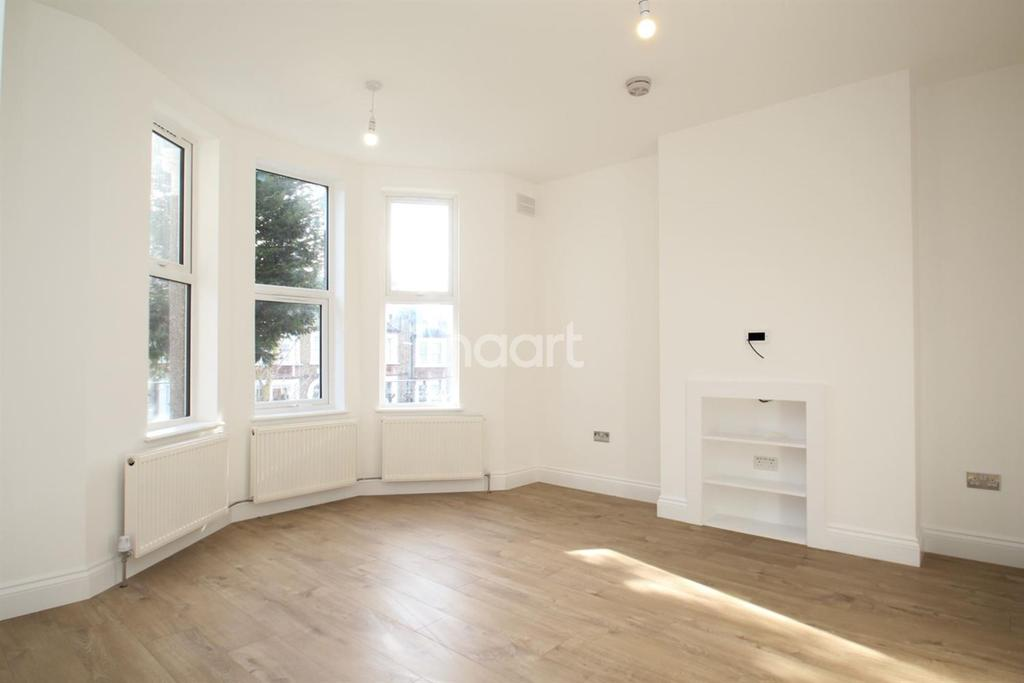 2 Bedrooms Flat for sale in Earlsfield Road, Earlsfield