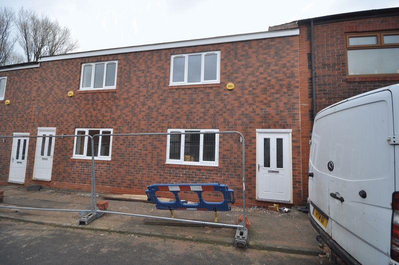 2 Bedrooms Terraced House for sale in John Street, Heywood