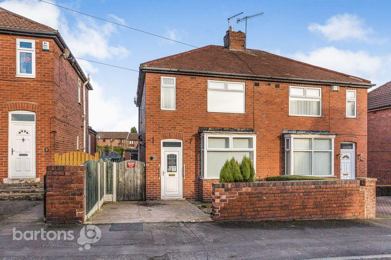 3 Bedrooms Semi Detached House for sale in Wheatcroft Road, Rawmarsh, Rotherham