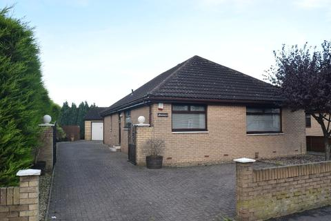 3 bedroom bungalow to rent - North Main Street, Carronshore, Falkirk, Falkirk, FK2 8HW