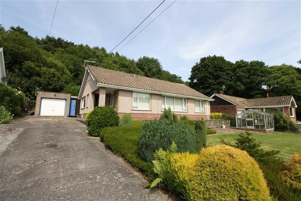 3 Bedrooms Detached Bungalow for sale in Kingsbury Place, Llwydcoed, Aberdare, Mid Glamorgan