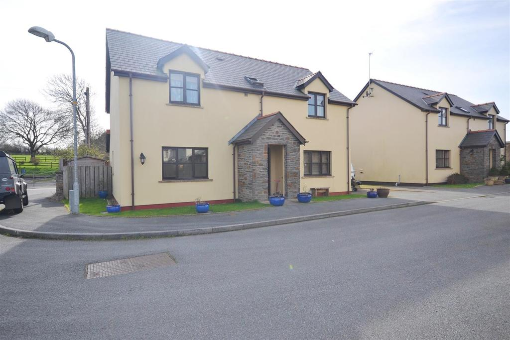 4 Bedrooms Detached House for sale in Brook Meadows, Sageston