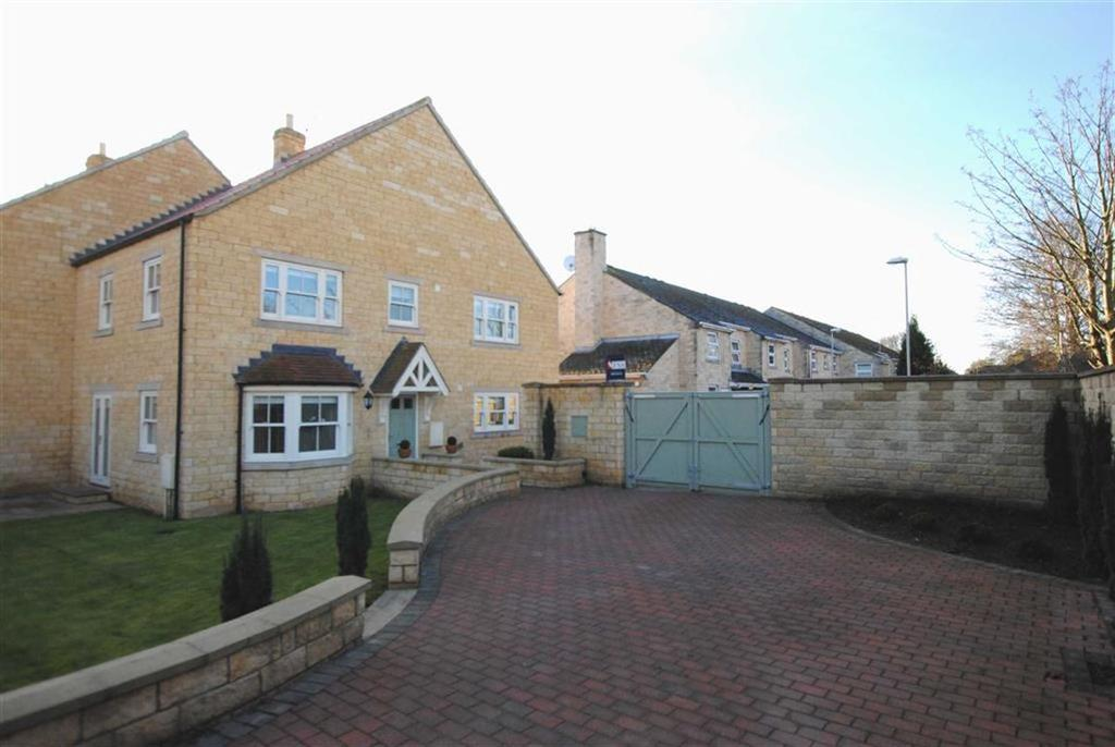 4 Bedrooms Semi Detached House for sale in Church Mews, Boston Spa, LS23