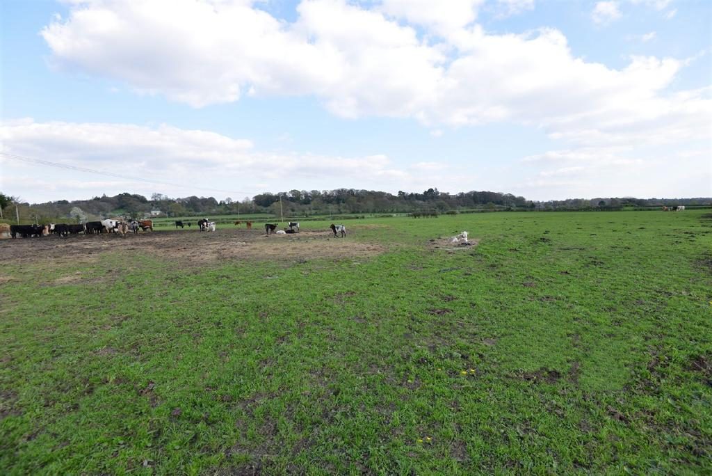 Land Commercial for sale in Southampton Road, Fordingbridge, Hampshire, SP6