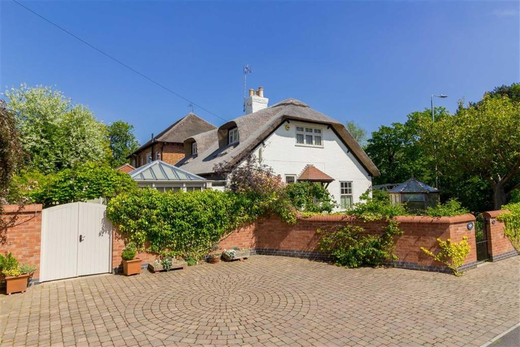 3 Bedrooms Detached House for sale in Soar Road, Quorn, LE12
