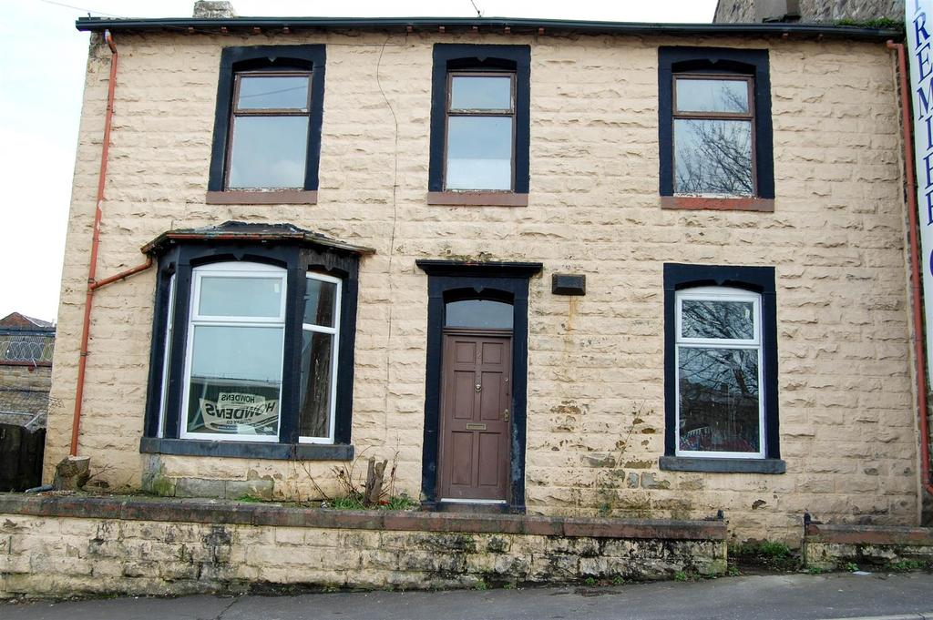 3 Bedrooms Semi Detached House for sale in Wiseman Street, Burnley